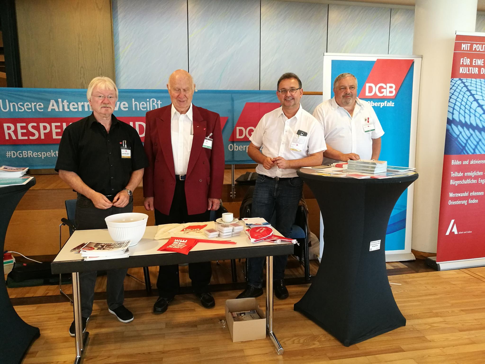Der Aktionsstand des DGB Kreisverbands Weiden-Neustadt