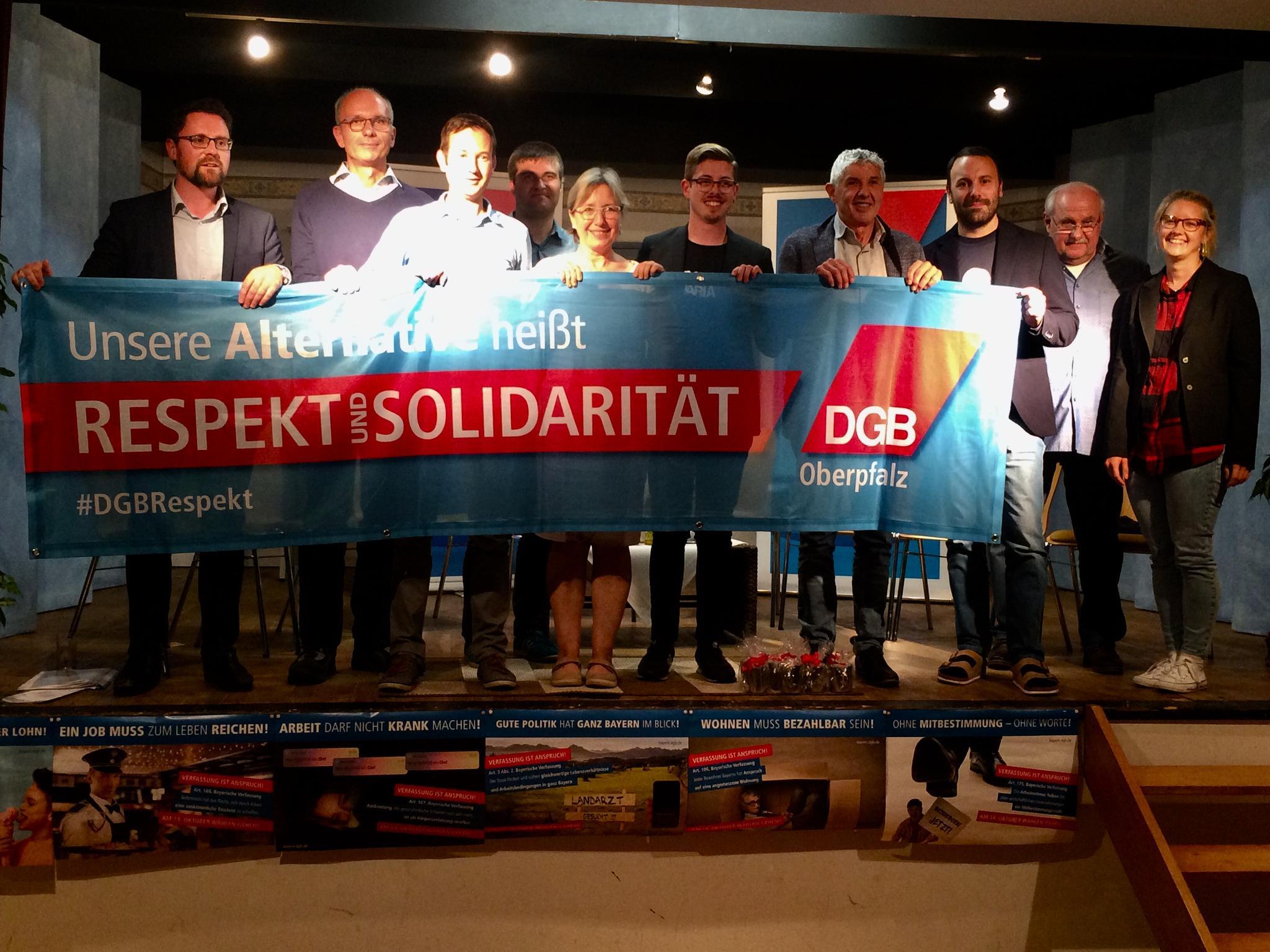 """Unsere Alternative heißt """"Respekt und Solidarität""""."""