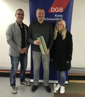 Peter Hofmann/DGB-Regionssekretär Oberpfalz, Wolfgang Kurzendorfer/DGB-Kreisvorsitzender Schwandorf, Katja Ertl/ DGB-Regionssekretärin Oberpfalz