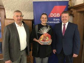 Peter Hofmann/DGB-Regionssekretär Oberpfalz, Andrea Huber/DGB-Jugendsekretärin, Klaus Schuster/DGB-Kreisvorsitzender